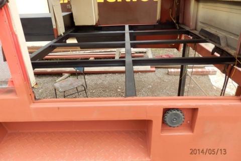 Oprava podlahy nástavby hasičské avie