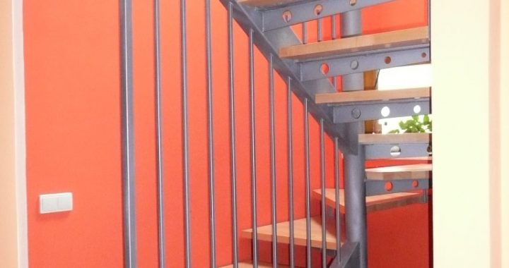interierove-ocelove-schodiste