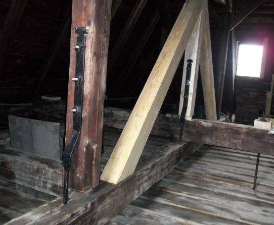ocelova-konstrukce-krovu-vlassky-dvur