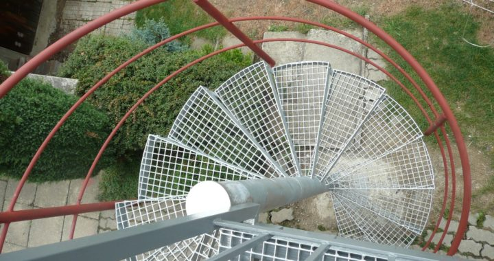 venkovni-tocite-schodiste